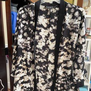Black and cream sheet floral kimono, Size Large